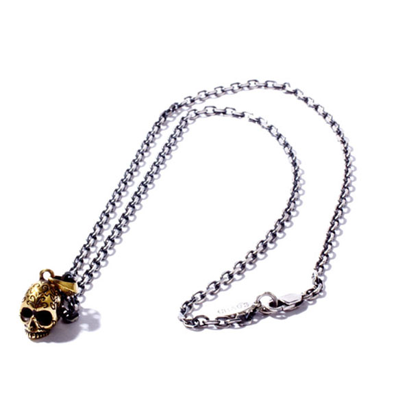 HIPPY WATER SKULL NECKLACE