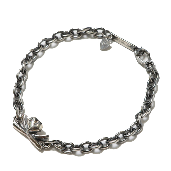 PIRATE BRACELET - HEART CROSSBONE