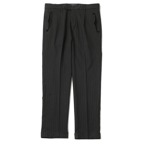 F HOLE TUCK STRIPE TROUSERS